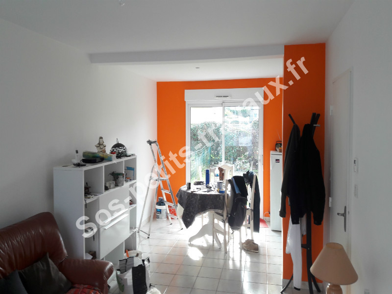 Orange et Blanc 4 - Sos-petits-travaux.fr